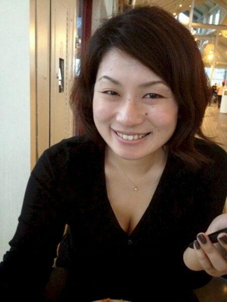 Femme libertine asiatique cherche un libertin pour un plan q sur le 75